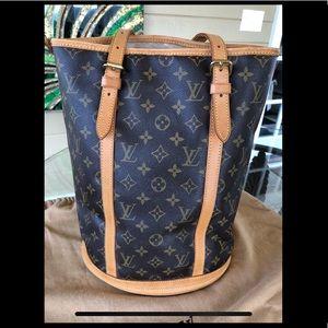 Louis Vuitton GM Bucket with Pouchette
